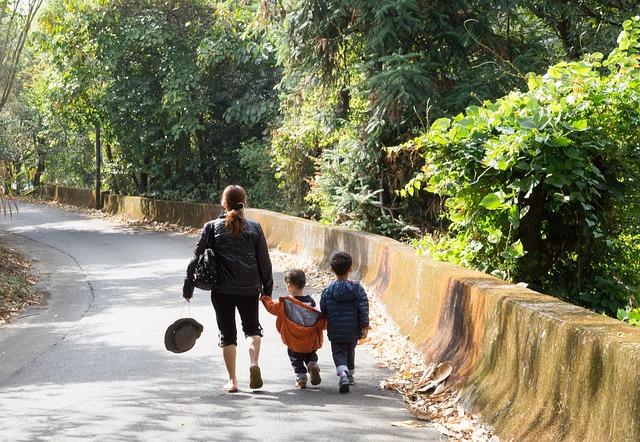 procházky s dětmi