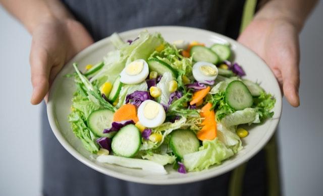 zeleninový salát, dietní strava.jpg